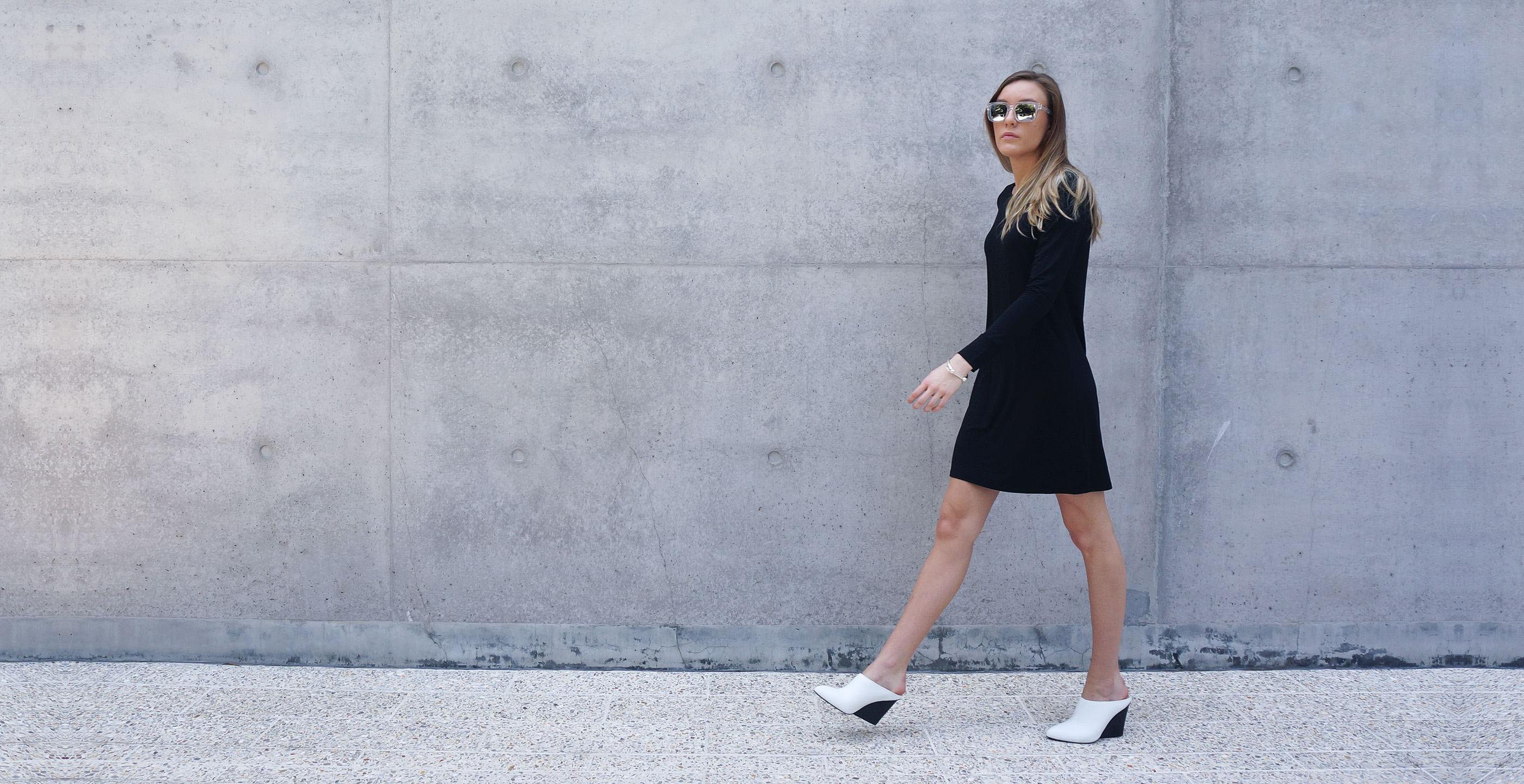 Bamboo Long Sleeve Short Dress Europa black