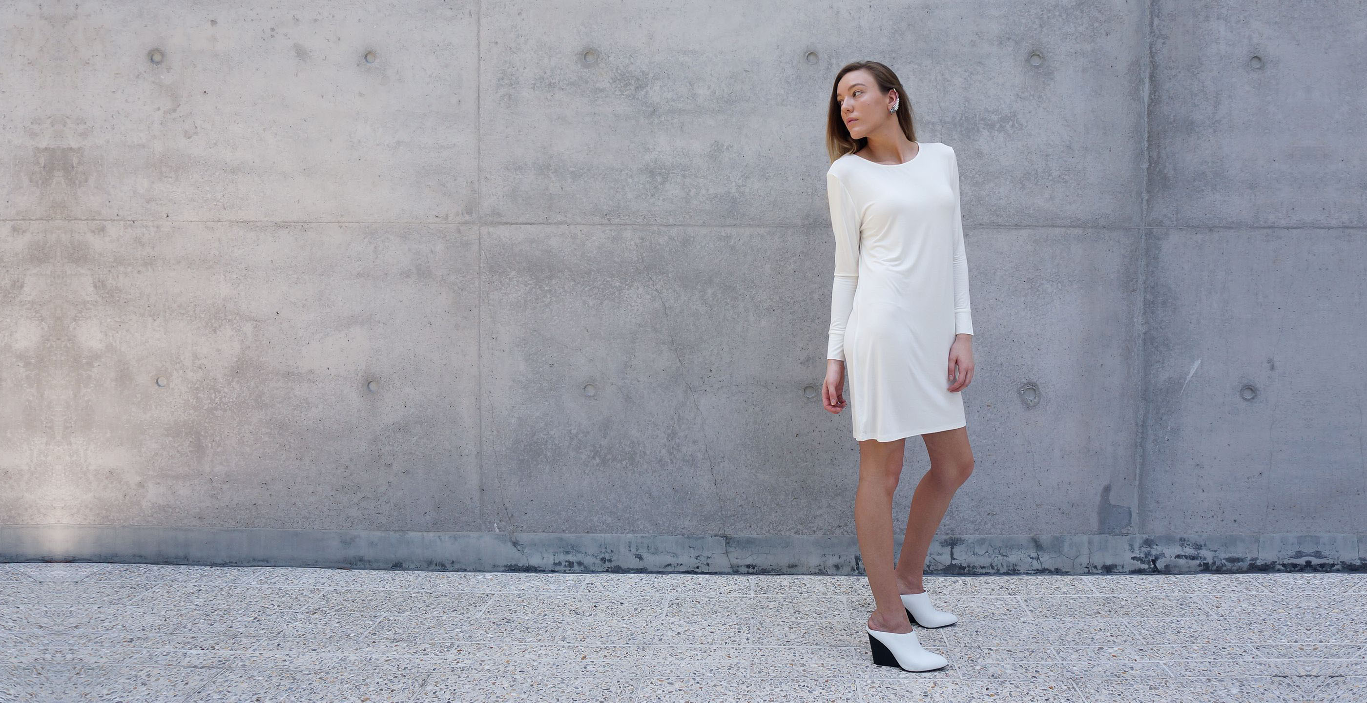 Bamboo Long Sleeve Short Dress Europa White 2