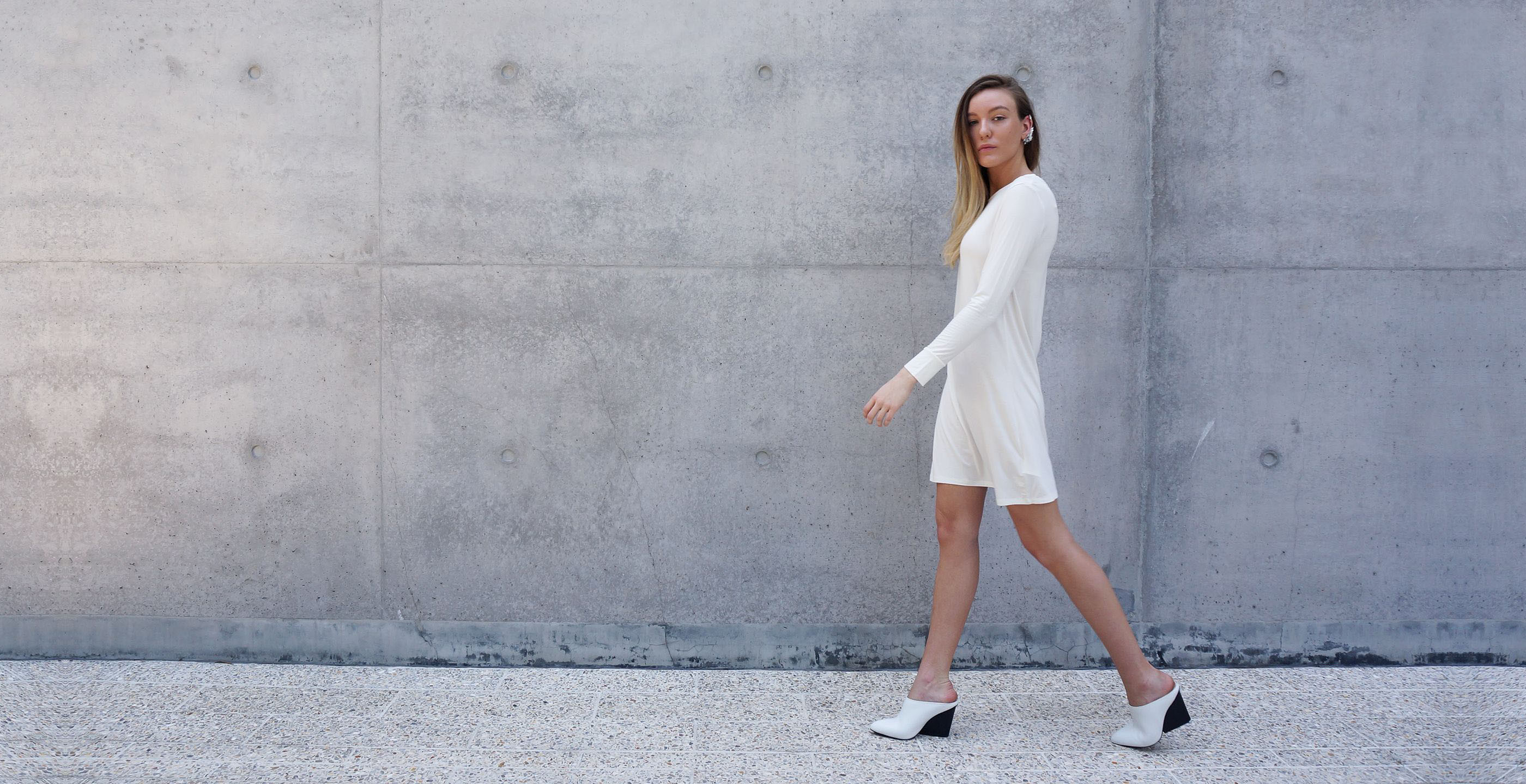 Bamboo Long Sleeve Short Dress Europa White