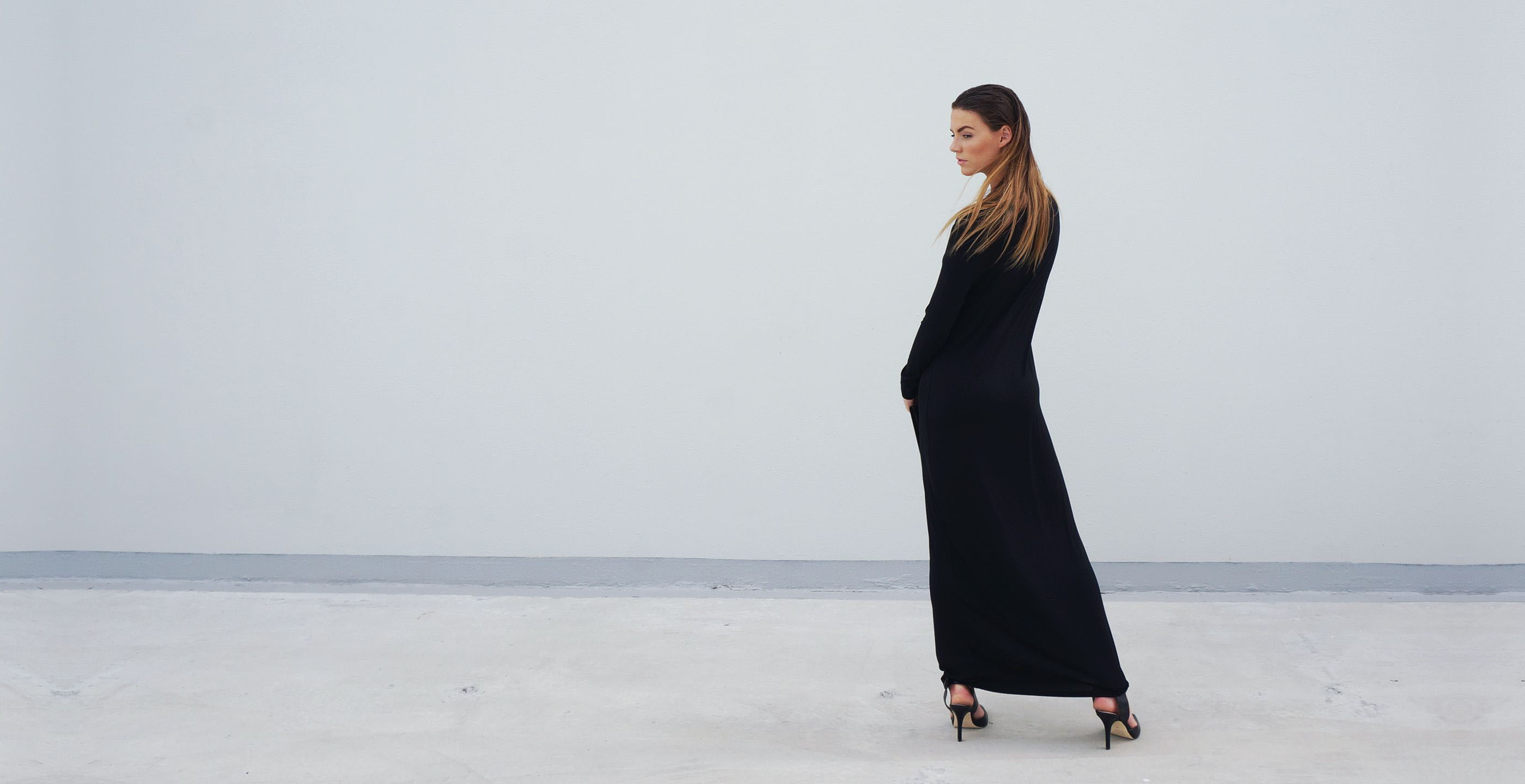 Bamboo Long Sleeve Maxi Dress Europa Black