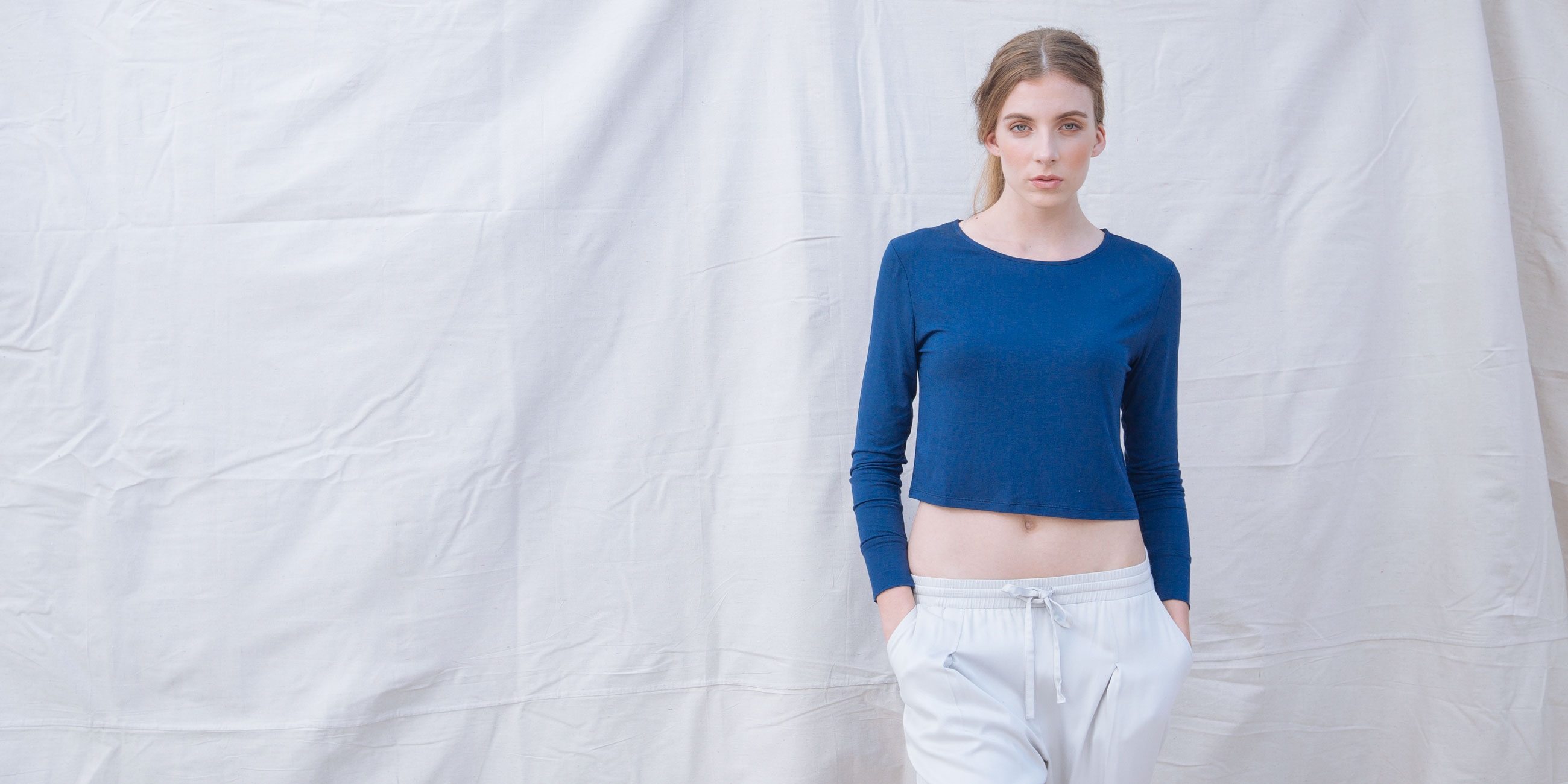 Bamboo Crop Top Blue Long Sleeve Europa 5