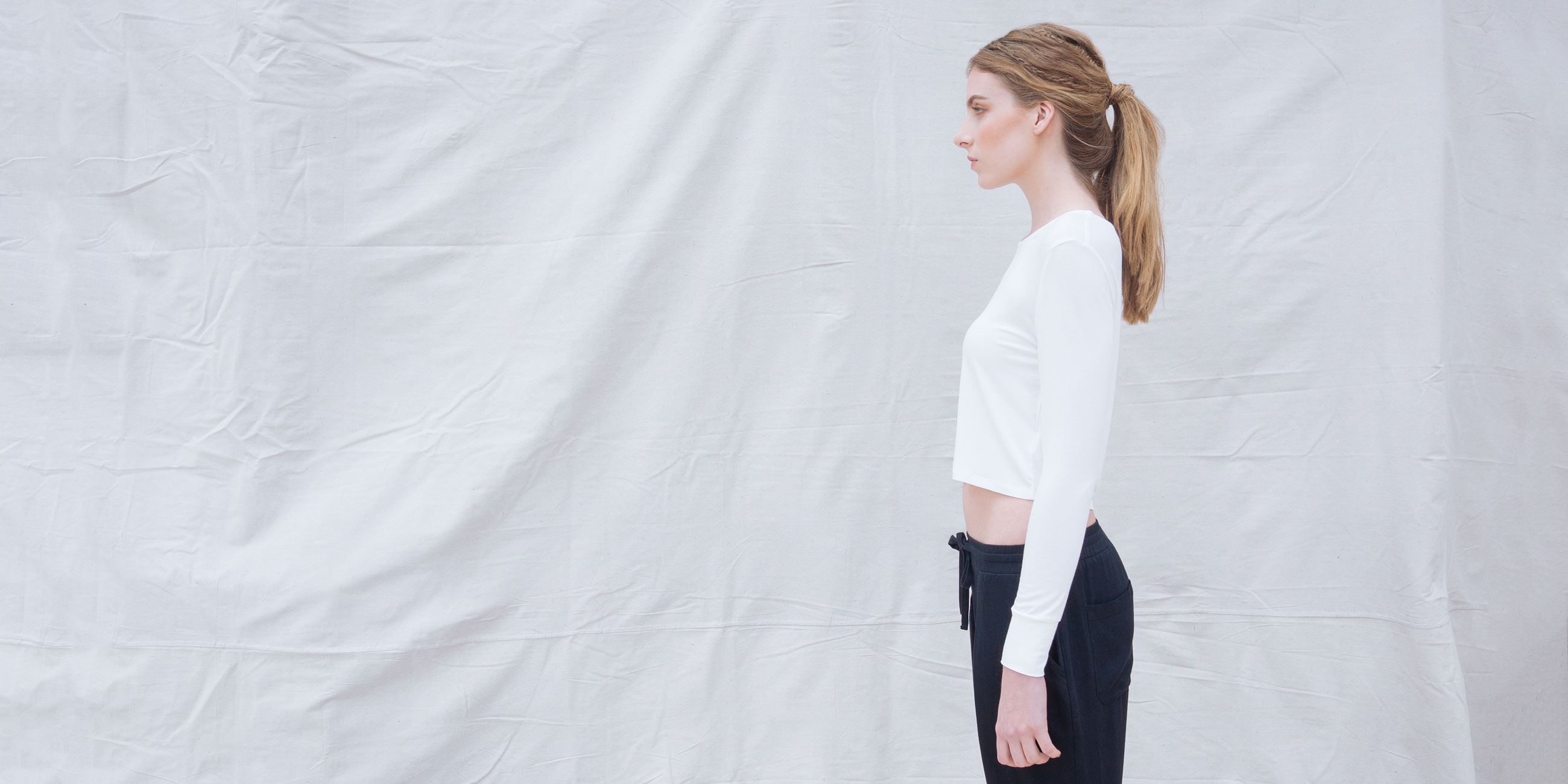 Bamboo Crop Top White Long Sleeve Europa 3