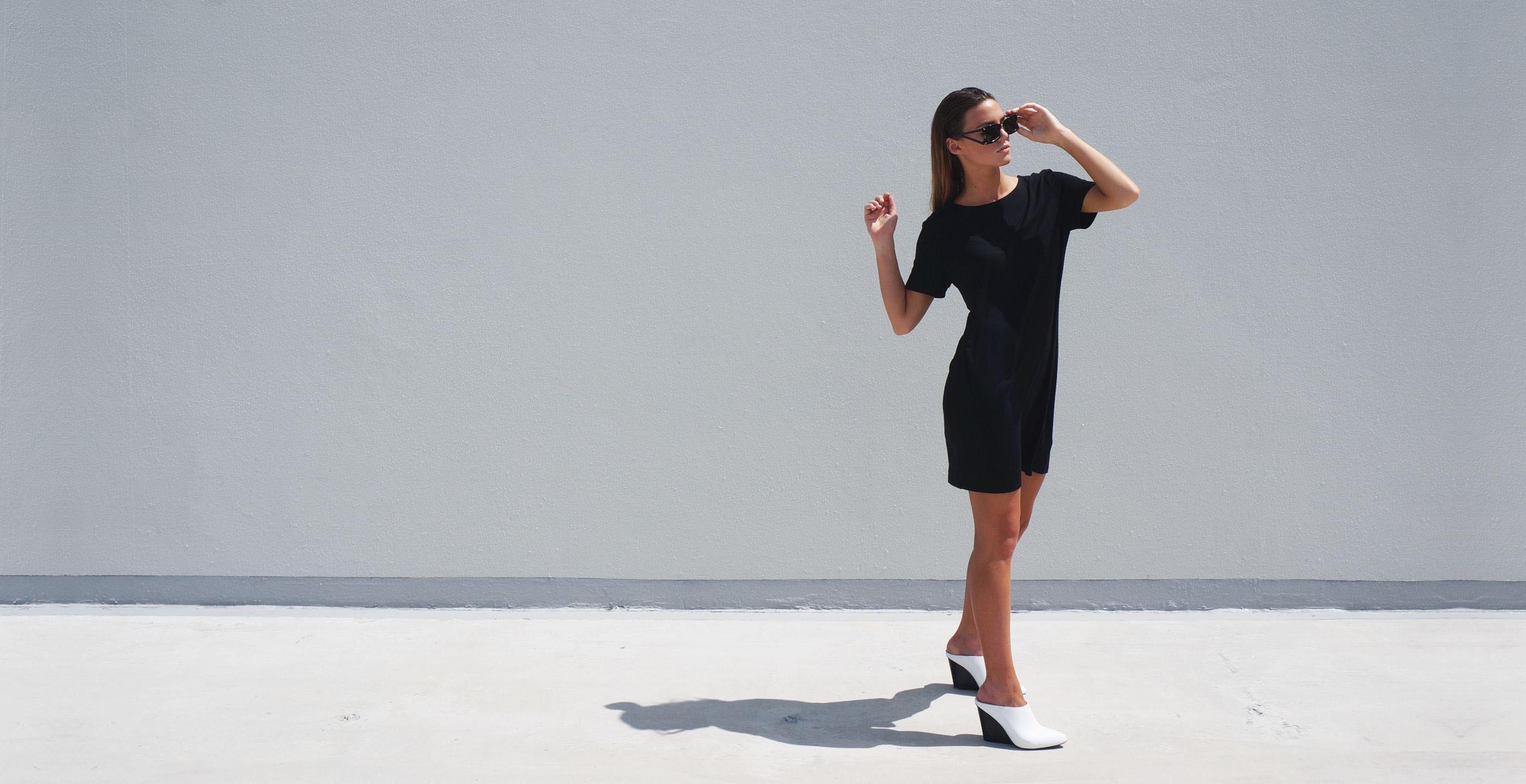 Bamboo Short Sleeve Short Dress Luna Black 1