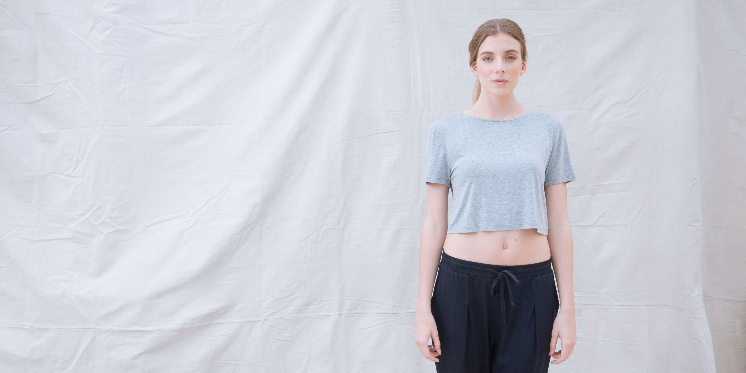 Bamboo Crop Top Grey Short Sleeve Luna 1