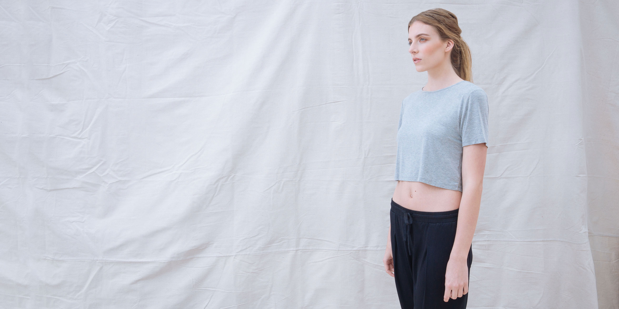 Bamboo Crop Top Grey Short Sleeve Luna 2
