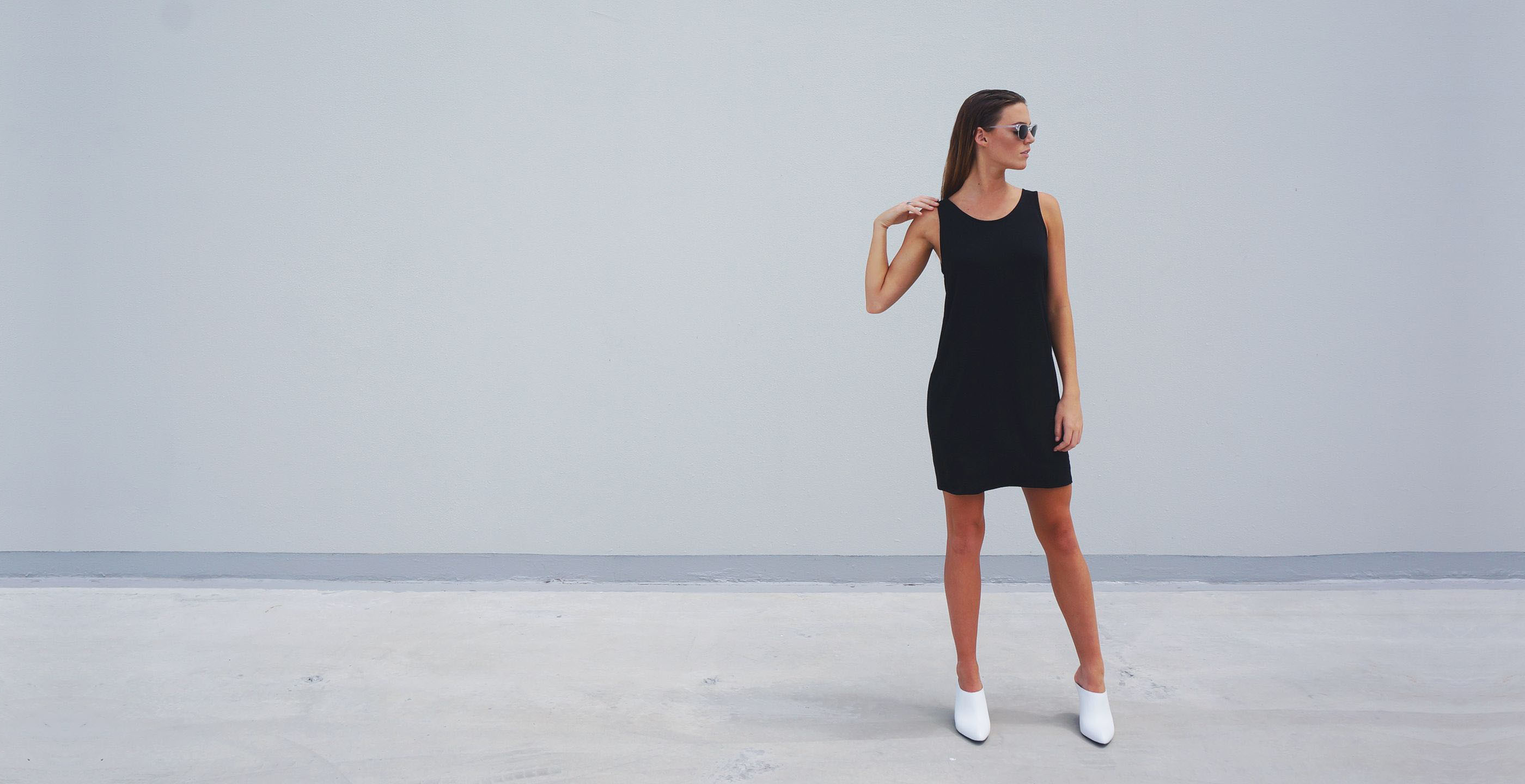 Bamboo Singlet Short Dress Venus Black 3